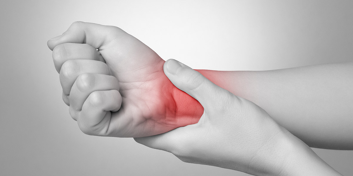 What Causes Hand Pain? Find Out Here